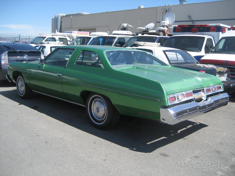 Chevy Impala 400   Studio Picture Vehicles